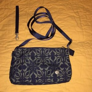 Haiku wristlet - excellent used condition